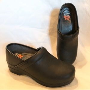 Dansko XP black leather clogs